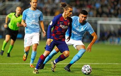Barcelona sufre para dejar en el camino a Ibiza en la Copa del Rey