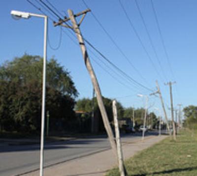 Muere electricista tras intentar reparar un tendido eléctrico