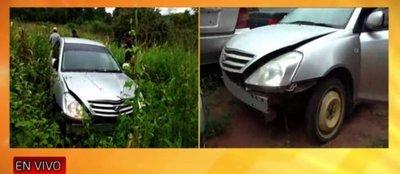 Recuperan auto robado tras persecución en Curuguaty