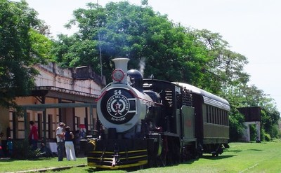 Se espera recuperar las vías y reparar la locomotora del Tren del Lago