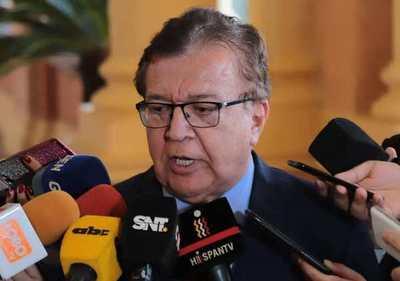 Ley de financiamiento político debe contemplar gratuidad a TV y radios, de candidatos sin plata, dice Nicanor
