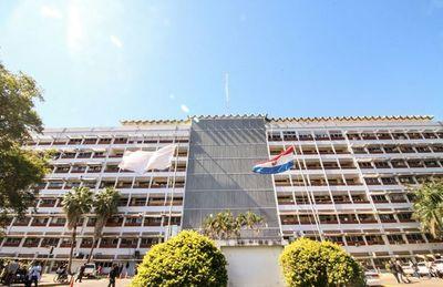 Cuestionan intención de tercerizar servicios de imagen del Hospital Central del IPS