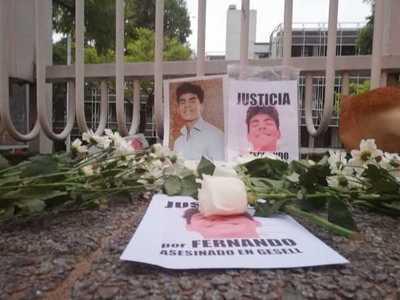 Asunción: exigen justicia por Fernando, el joven asesinado por una patota en Argentina