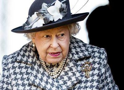 Isabel II y Eurocámara asienten brexit