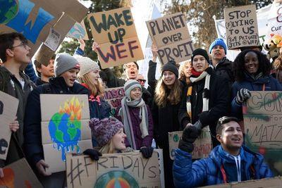 Greta Thunberg critica a Davos por ignorar las reivindicaciones climáticas