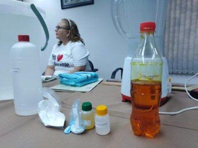 MEC desarrolla jornada de capacitación para elaborar gel y repelentes