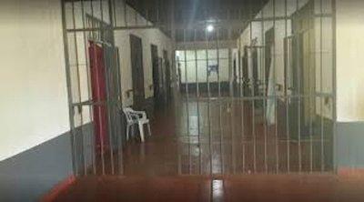 Agentes policiales fueron sumariados tras supuesta liberación de reos en penal de PJC