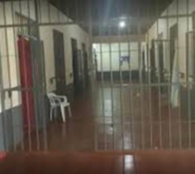 Sumarian a policías tras supuesta liberación de reos