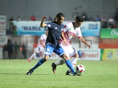 San Lorenzo alcanza su primer triunfo en el Apertura