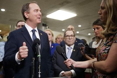 "Demócratas insisten con ""impeachment"""