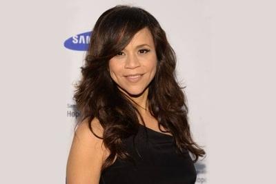 HOY / Rosie Pérez apoya el testimonio de Annabella Sciorra contra Weinstein