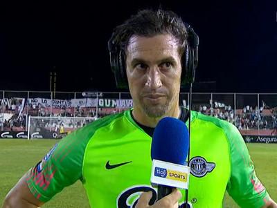 Martín Silva se luce ante Olimpia, con tapadas importantes