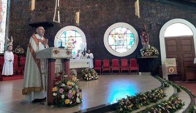 Obispo pide apoyo mutuo contra dengue