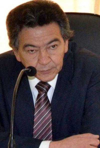 Fallece padre de Ulises Quintana