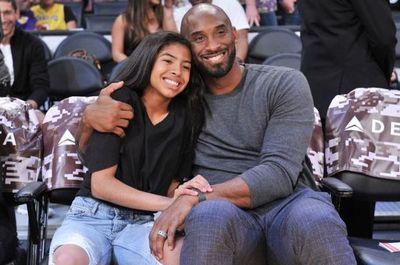 Kobe Bryant y su hija fallecen en accidente de helicóptero