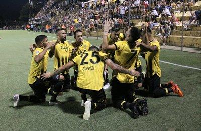 Guaraní venció a Cerro Porteño 1-0 en un emotivo e intenso partido