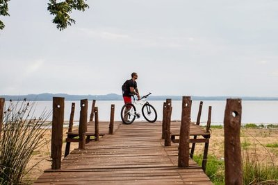 Paraguayo inicia viaje en bicicleta por 8 países de Latinoamérica