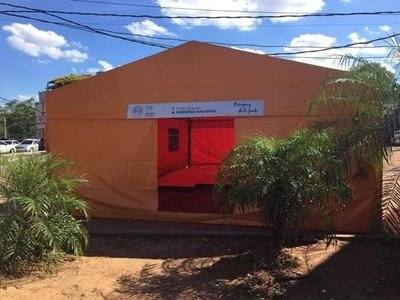 En hospital de San Lorenzo habilitan carpa climatizada para atender pacientes con síntomas de dengue