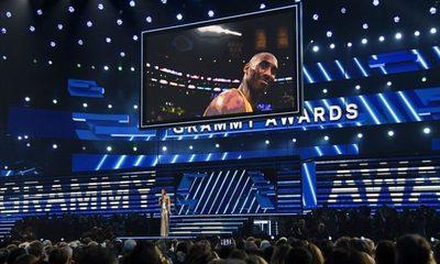 Rinden homenaje a Kobe Bryant durante los Grammy Awards 2020
