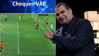 Chilavert se burla del VAR del juego Olimpia vs General Díaz