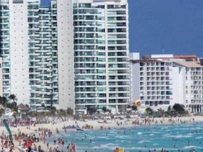 Matan a seis personas en balneario mexicano de Cancún