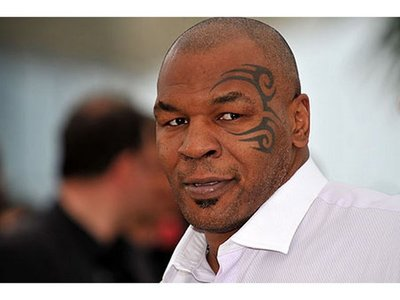 "Boxeador muerde a su rival ""en homenaje"" a Mike Tyson"