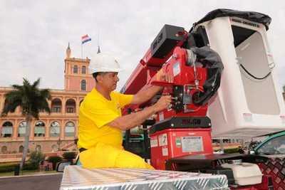ANDE incorpora nuevos vehículos para mejorar atención de reclamos y calidad del servicio
