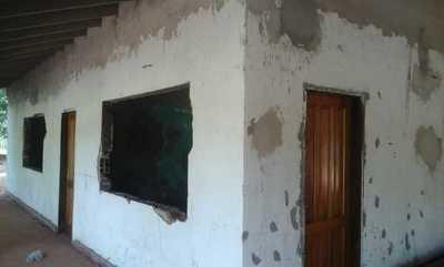 Denuncian obras inconclusas en una institución educativa de Curuguaty