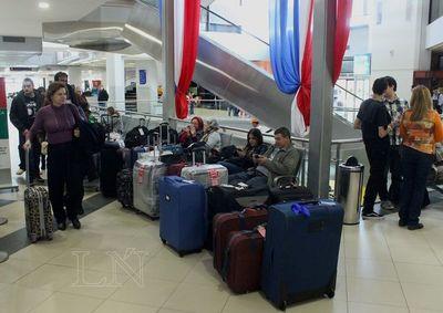 Salud debe controlar a viajeros provenientes de China, según exministro