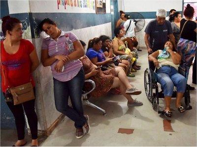 Pacientes con dengue serotipo  4 saturan  hospital