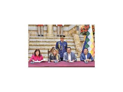 Ministros de Bolivia renuncian para facilitar nuevo gabinete