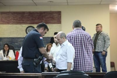 Ratifican arresto en su casa a estafador de la SET