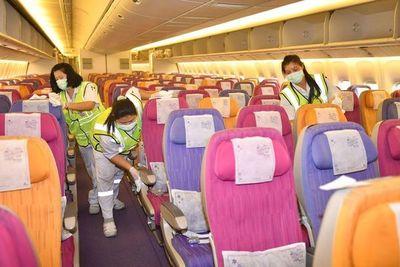 Varias aerolíneas suspenden o reducen sus vuelos a China por el coronavirus