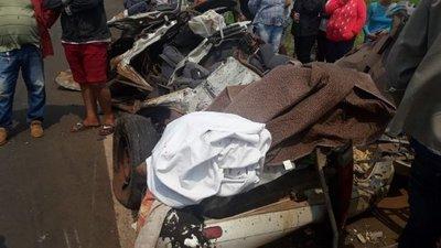 Docentes fallecidos en accidente viajaban para cobrar su salario