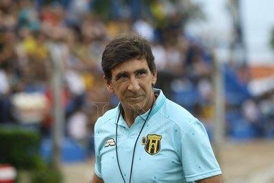 Gustavo Costas ya espera por el '12' y Corinthians