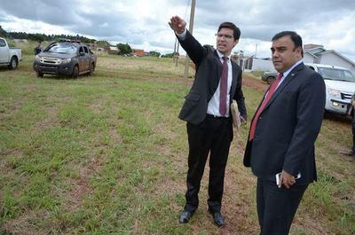 Fiscalía ya planifica construir sede propia en el inmueble que recibió en donación