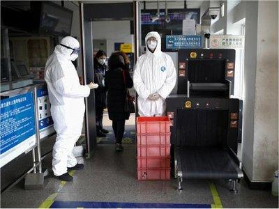 Mundo se dispone a atajar pandemia mientras aumentan contagios