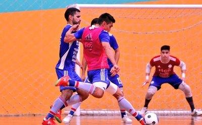 Paraguay alista su estreno ante Brasil