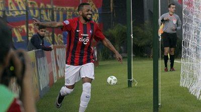 """""""Palito"""" Pereira retorna al fútbol paraguayo"""