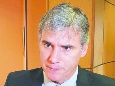 Piden tarjeta roja para Javier Díaz de Vivar
