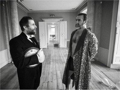 Eric Cantona protagoniza el nuevo videoclip de Liam Gallagher