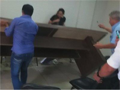 En incidentada sesión  en Junta de PJC reafirman pedido de intervención