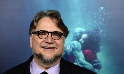 """HOY / Guillermo del Toro inicia el rodaje de """"El callejón de las almas perdidas"""""""