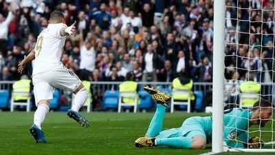 Real Madrid vence al Atlético y sigue siendo líder