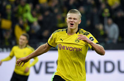 Dortmund golea con Erling Haaland como estandarte