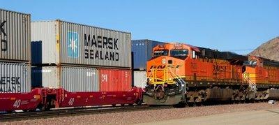 Inversión privada extranjera con interés en proyecto de tren de carga en el país