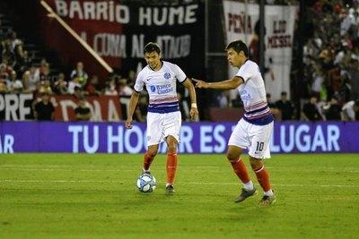 San Lorenzo de los 'Mellis' cae y pierde terreno en la Superliga