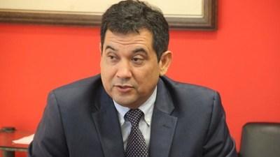 Arévalo patea tablero oficialista y se lanza sin consenso para la intendencia de Asunción