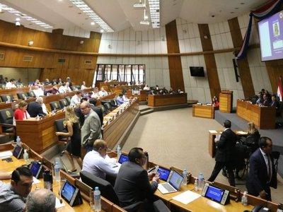 Diputados debaten ley de financiamiento político en medio de posturas divididas