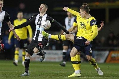 Con Almirón como figura, el Newcastle avanza en la FA Cup